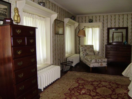 Antique Stone House: Twin Room