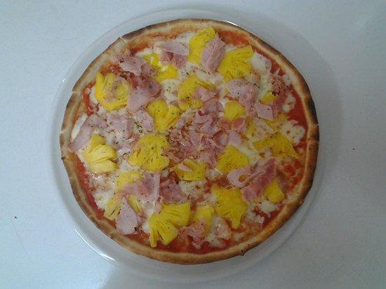 Pomodoro: Pizza Hawaian & Ham
