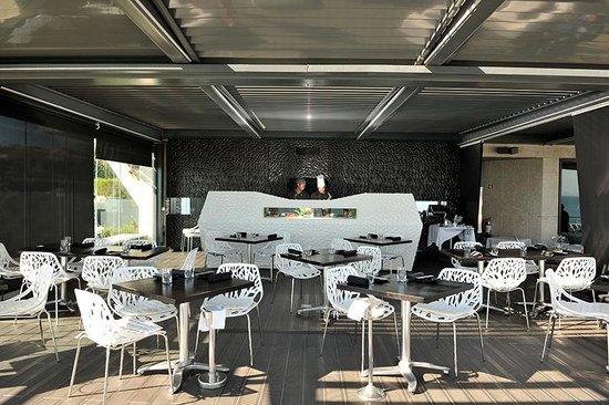 Afternoon tea picture of farol hotel cascais tripadvisor for Design hotel cascais