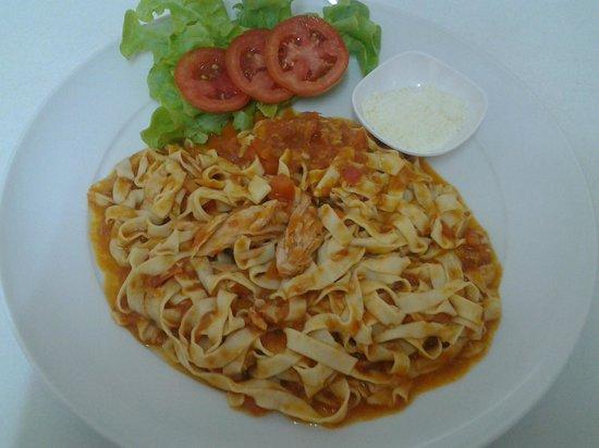 Pomodoro: Homemade Fettuccine