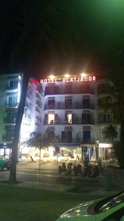 Hotel Platjador: hotel front