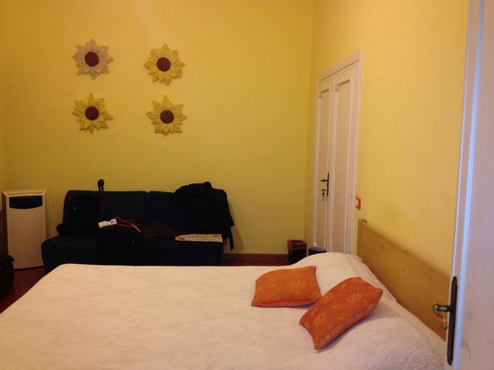 Arches B&B: The yellow room ($150 per night)