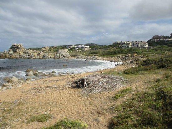 Hotel Club Cala Blu : Autre plage à proximité de l'hôtel... après une tempête