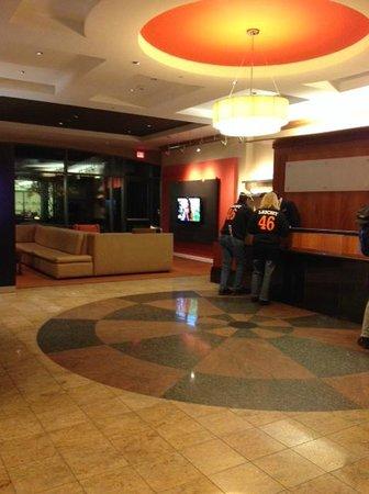 Courtyard Boston Brookline: Lobby