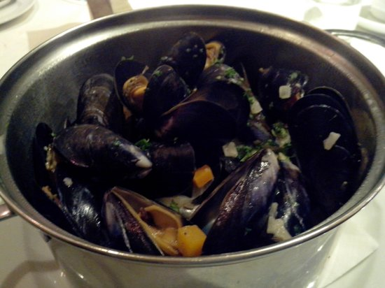 Mustard Seed Restaurant: Mussels with fennel
