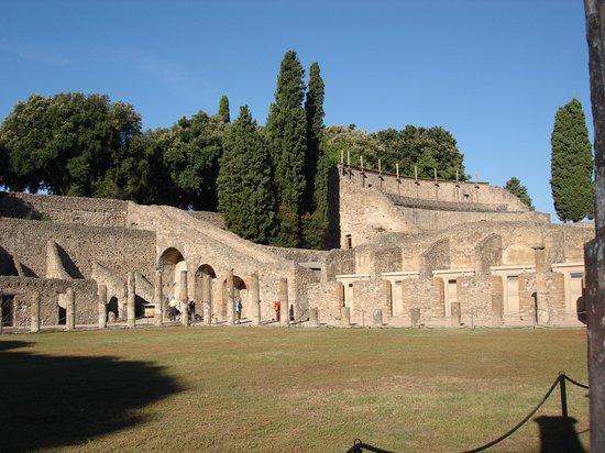 Joe Banana Limos : Pompeii
