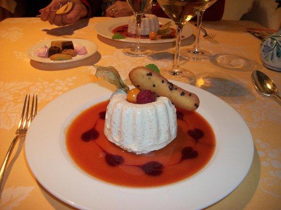 Hotel A la Cour d'Alsace: le dessert