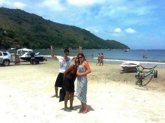 Chales Virena: na praia da Enseada, quase o quintal da pousada!