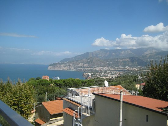 Il Nido Hotel Sorrento: View from the room