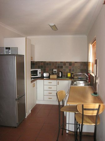Blenheim Self Catering Apartments: Kitchen