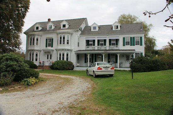 The Hodgdon Island Inn
