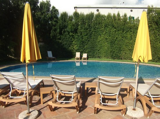 Santa Caterina Hotel: Pool Area