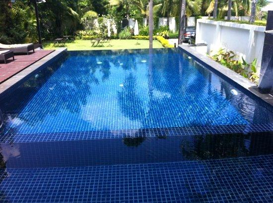 Manita Boutique Hotel: Swimming pool