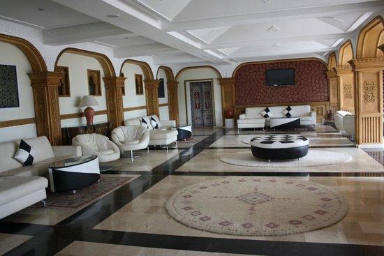 Hotel des Iles: salone