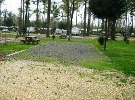 Land-O-Pines Family Campground: Premium Campsite