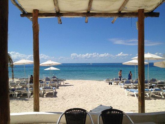 Playa Uvas : praia lindissima e sussegada.
