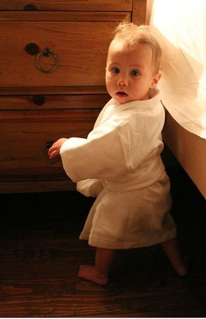 Rosewood Inn of the Anasazi: Teeny Robe