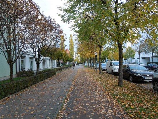 Das Golden Leaf Hotel Perlach Allee Hof: street
