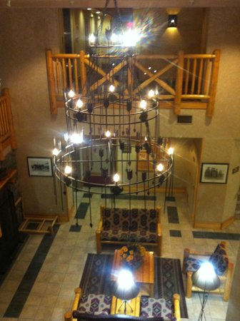 Brewster's Mountain Lodge: Lobby