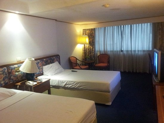 Check Inn Regency Park : Superior Twin Bed Room