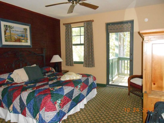 Disney's Hilton Head Island Resort: Master Bedroom