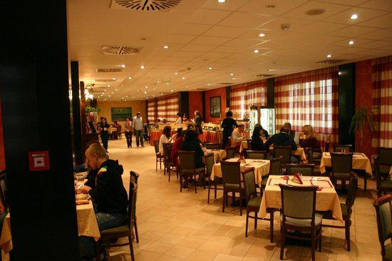Hotel Caesar Prague : Sala colazione