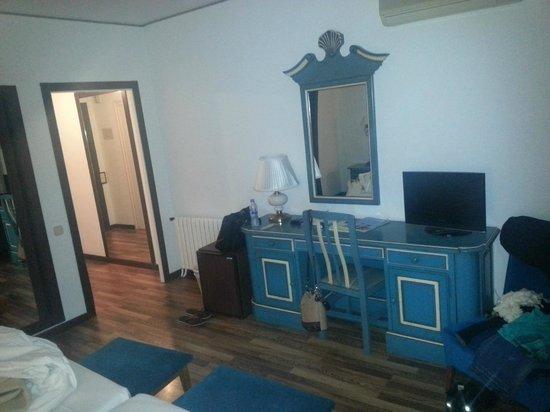Hotel Roger de Flor Palace: Habitación