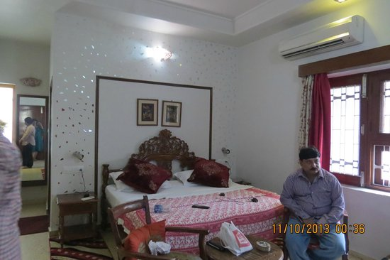 All Seasons Homestay Jaipur : Room