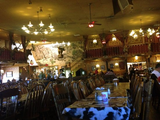 Big Texan Opry : Great place