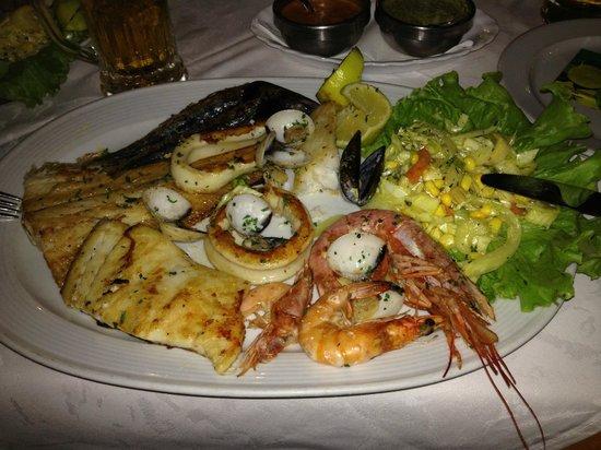 Restaurante Tango: Buonissima grigliata di pesce !!!