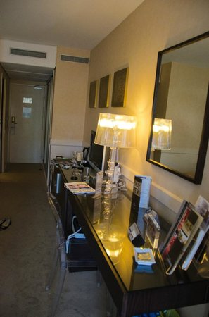Hotel Barriere Le Gray d'Albion: Номер