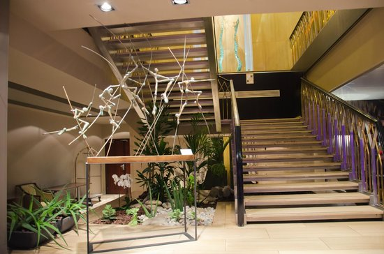 Hotel Barriere Le Gray d'Albion: Холл