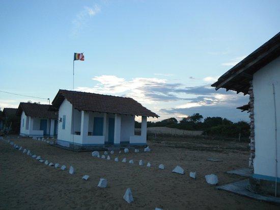 Arugam Bay Beach Cabanas