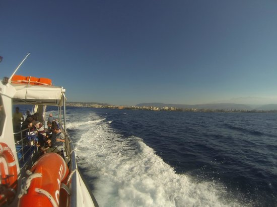 Captain Nick's Glass Bottom Boat Aphrodite: Heading out to the island!
