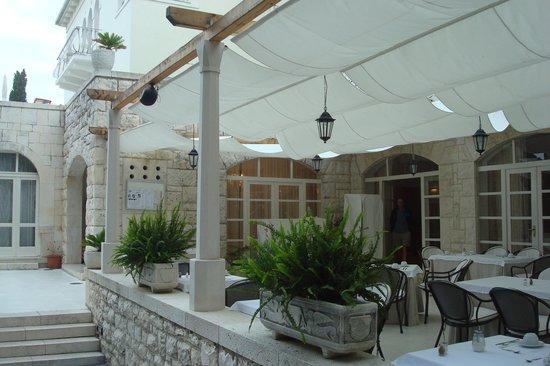 Hotel Croatia: Restaurant