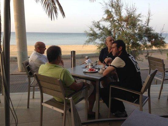 Hotel Playa: Desayuno con vistas