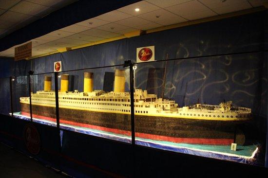 Galleros Artesanos: El titanic de chocolate