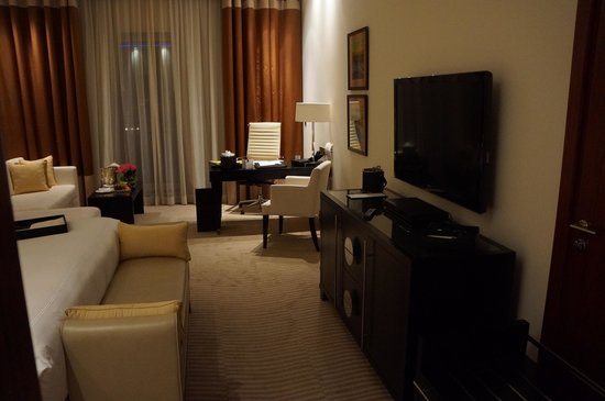 Grosvenor House Dubai: Premier room