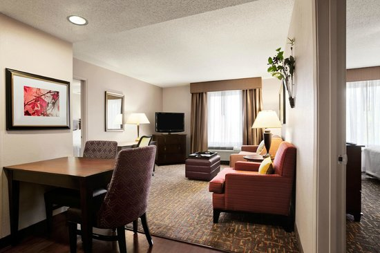 Homewood Suites Wallingford-Meriden: Two-Bedroom Suite Living Area
