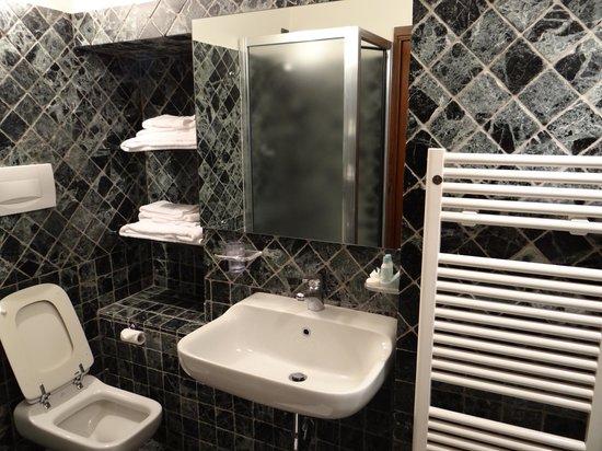 La Corte del Re: Banheiro.