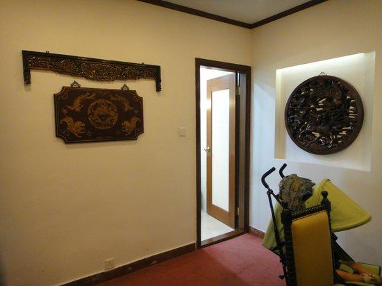 Pousada de Mong-Ha : Small lobby before entering the room
