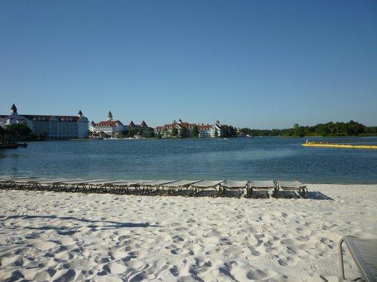 Disney's Polynesian Village Resort: View from hotel beach