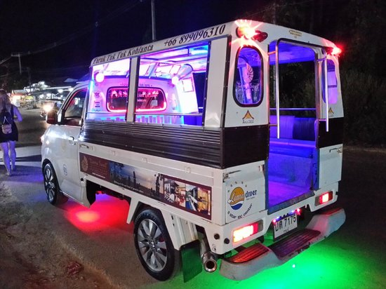 Lanta Castaway Beach Resort : cash cab thai style