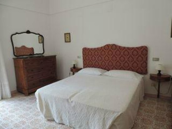 Hotel Savoia: bed