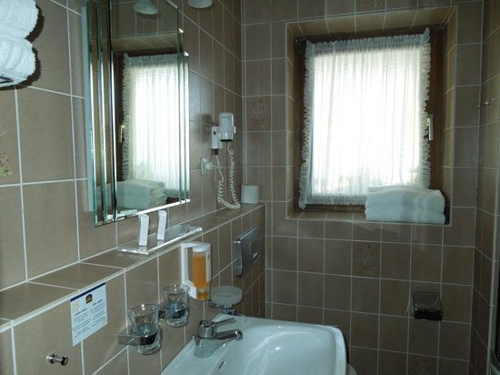 Best Western Hotel Obermuehle : bathroom
