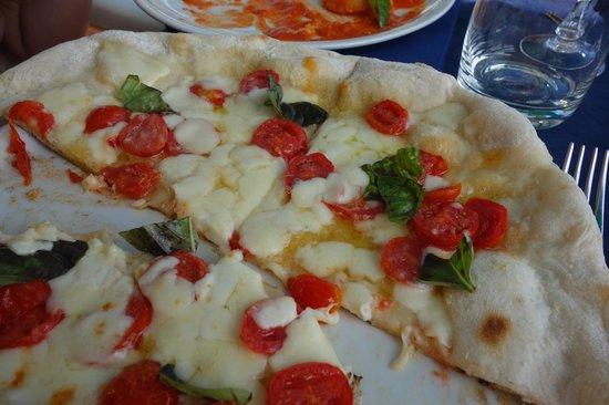 Bagni Internazionali Capri: pizza