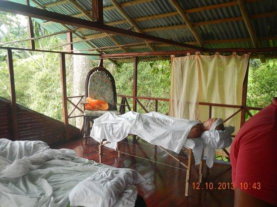 Jasmine Spa and Wellness : massage rooms