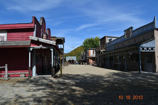 Maggie Valley, Carolina del Nord: GHOST TOWN for sure