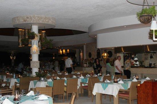 Leopard Beach Resort & Spa: Blick ins Restaurant