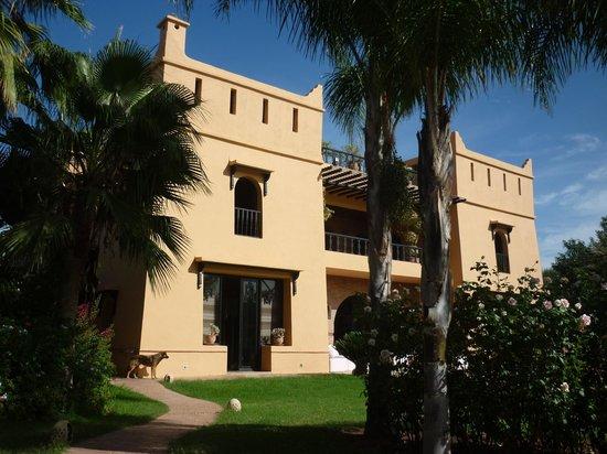 Villa Malika Silvana: Façade intérieure